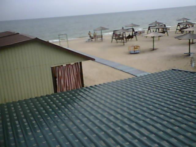 Азовское море: Кирилловка, база отдыха Гавайи. Обновляется.